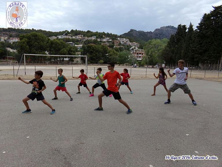 160816 equip K entreno estiu2